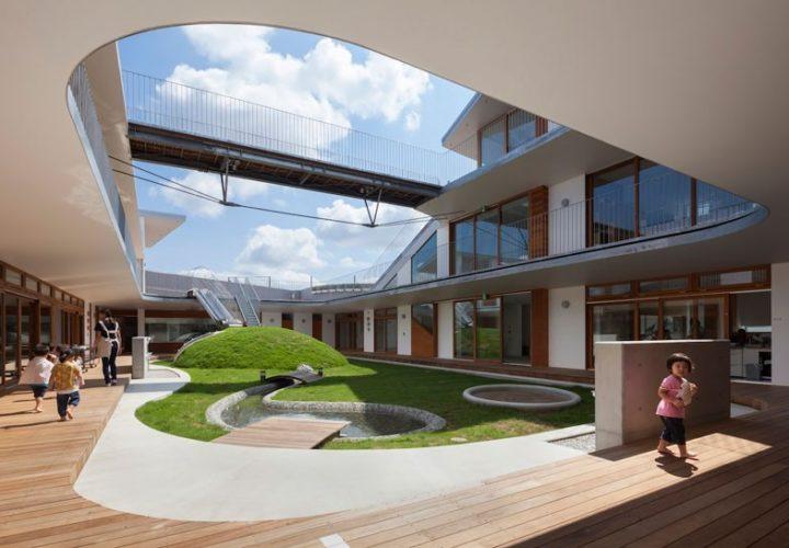 aisaka-architects-atelier-amanenomori-nursery-japan-designboom-01-818x545