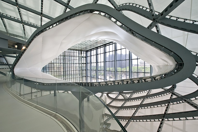 fuksas-the-cloud-new-rome-eur-convention-hall-hotel-the-cloud-designboom-08-818x544