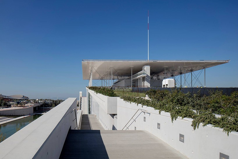 renzo-piano-building-workshop-stavros-niarchos-foundation-cultural-center-athens-designboom-01-818x545