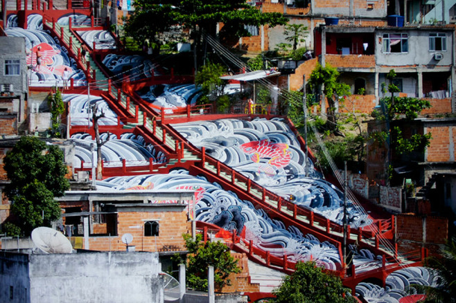 haas-and-hahn-favela-painting-project-4-658x438