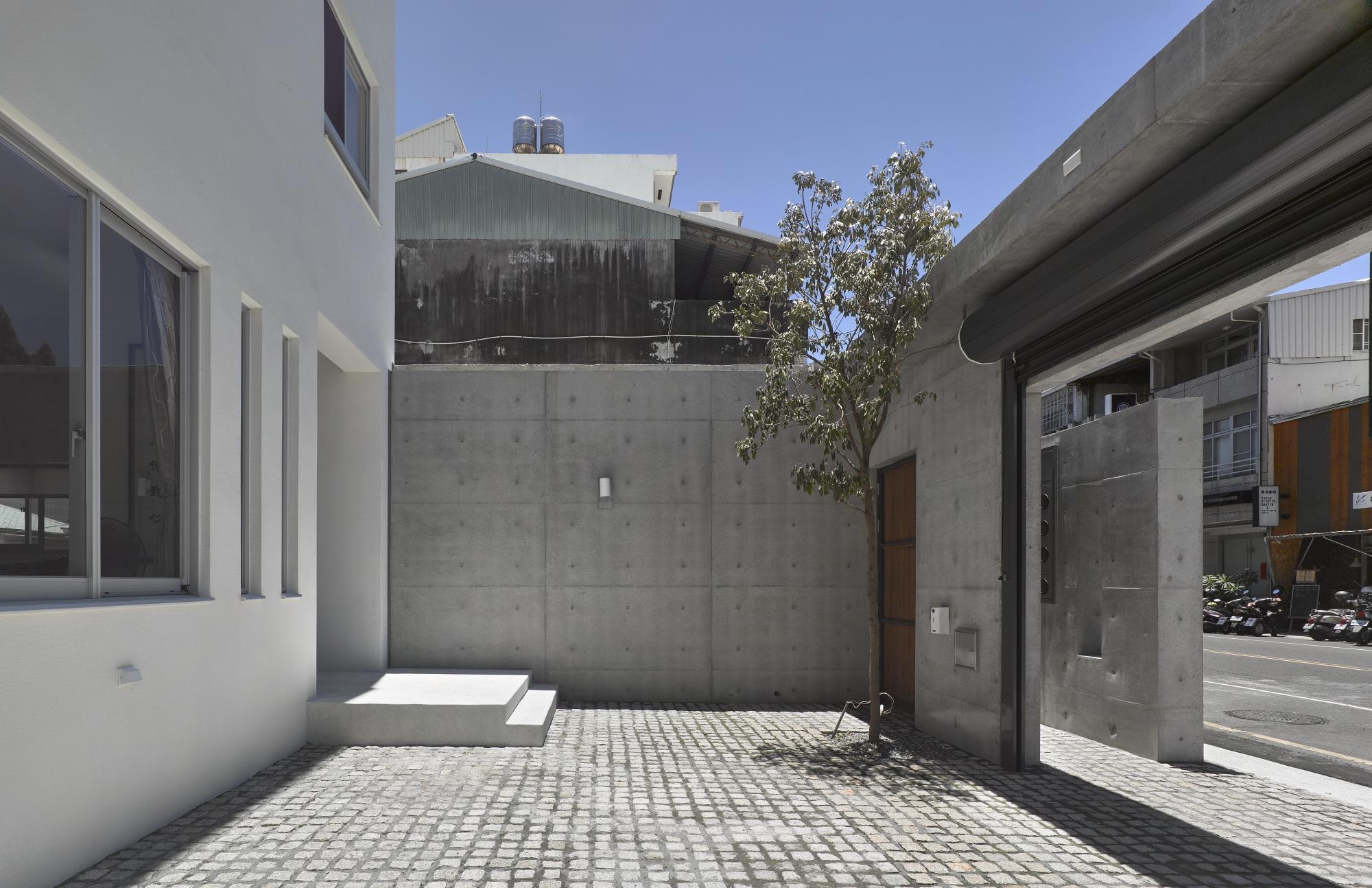 清水混凝工法,讓材料本身訴說空間的故事,呈現經典與質感的韻味,清新脫俗
