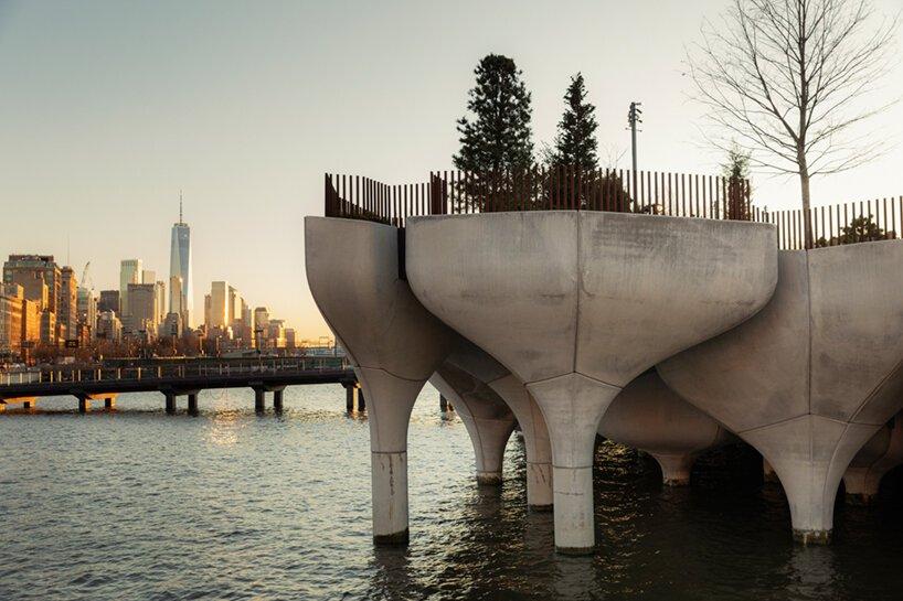 heatherwick-little-island-elevated-park-new-ork-city-completion-designboom-03