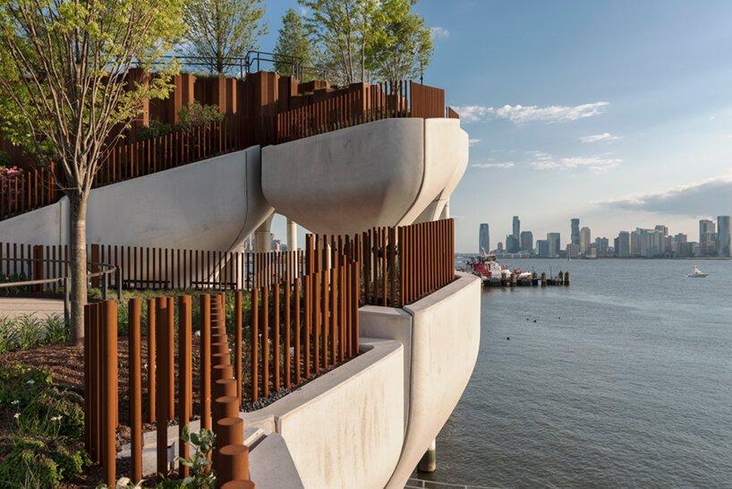 heatherwick-little-island-elevated-park-new-ork-city-completion-designboom-06